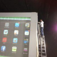 Giant iPad set 02